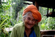 Coffee Plantation Bali -  the lady who just loved having her photo taken #travel  http://www.worldwideadventurers.com/weird-and-wacky/what-is-cat-poop-coffee-luwak-coffee-beans-bali-idonesia