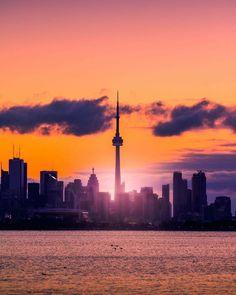 Toronto Houses, Toronto City, Wonderful Places, Beautiful Places, Toronto Photography, Toronto Ontario Canada, Great Lakes Region, World Cities, Pretty Photos