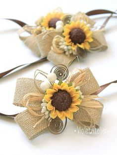 Set of 2 rustic burlap sunflower corsages, bridesmaid, girls, mothers, daughters, friends and guests bracelets, made to order. Perfect for a summer themed wedding, outdoor weddings, rustic, country, barn weddings. Matching Groom and Groomsmen sunflower boutonnieres are available here: https://www.etsy.com/listing/275349254/3-rustic-sunflower-boutonnieres-set-of-3?ref=shop_home_listings  Each corsage is made of burlap base, adorned with, decorative brown wire swir...