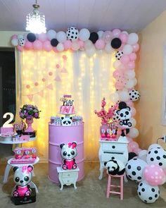 Panda Themed Party, Panda Birthday Party, Panda Party, 2nd Birthday Parties, Baby Birthday, Birthday Party Decorations, Baby Shower Decorations, Panda Decorations, Cinderella Cupcakes