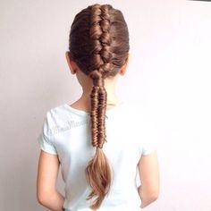 Dutch infinity braid into infinity braid by @miniamassari