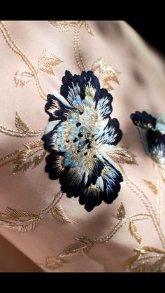 """""""EXCLUSIVE: A sneak peek at a embroidery from the Spring Summer 16 collection coming to life in our atelier. Soon to be unveiled at Paris Haute Couture…"""" Zardozi Embroidery, Embroidery On Kurtis, Floral Embroidery Patterns, Chinese Embroidery, Hand Work Embroidery, Couture Embroidery, Embroidery Suits, Embroidery Fashion, Hand Embroidery Designs"""