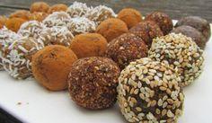 4 recepty na nepečené fitness kuličky Healthy Deserts, Healthy Sweets, Raw Food Recipes, Sweet Recipes, Russian Recipes, Creative Food, Raw Vegan, Diy Food, Sweet Tooth