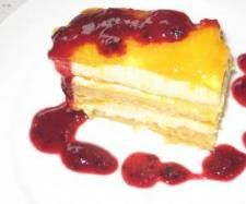 Recipe Mangomisu with raspberry sauce by clare purnell, learn to make this recipe easily in your kitchen machine and discover other Thermomix recipes in Desserts & sweets. Marscapone Cheese, Bellini Recipe, Thermomix Desserts, Raspberry Sauce, Creamed Eggs, Recipe Community, Sweets Recipes, Cheesecake, Cooking