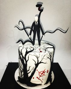 Now to find one with either BEN or EJ on a cake Beautiful Cake Designs, Beautiful Cakes, Amazing Cakes, Creepypasta Slenderman, Creepypasta Characters, Cakes For Men, Cakes And More, Creepypasta Wallpaper, Witchy Wallpaper