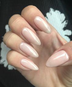 Shiny, sheer, peachy pink nude. @lucyluhamilton nailed it. #nikki_makeup #gelmanicure #naturalnails