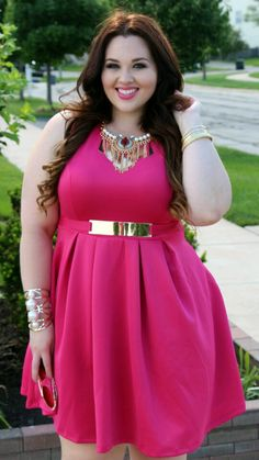 Plus size doll Beautiful plus size shapewear and bras to help you rock outfits like this! https://slimmingbodyshapers.com #slimmingbodyshapers
