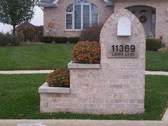 Brick mailbox builder in Wilmette