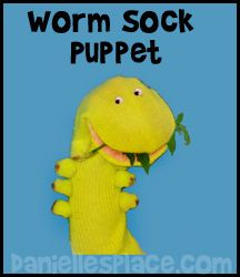 Sock Puppet - Tomato Worm Sock Puppet Craft for Sunday School from www.daniellesplace.com