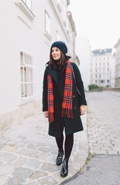 boots KENNEL & SCHMENGER VIA ZALANDO / coat and dress WE BANDITS / scarf MUJI (SIMILAR) / hat COS / bag CÉLINE
