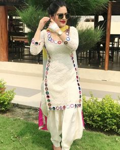looking absolutely stunning in label 🍁🍁 Kurti Sleeves Design, Sleeves Designs For Dresses, Kurta Neck Design, Dress Neck Designs, Patiala Suit Designs, Kurta Designs Women, Kurti Designs Party Wear, Salwar Designs, Pakistani Fashion Casual