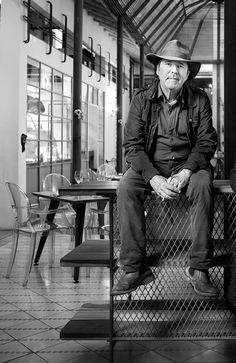 Simon Vélez: 50 personajes del año de la revista AXXIS Nature, Character, Verandas, Ceilings, Architects, Art, Naturaleza, Nature Illustration, Off Grid