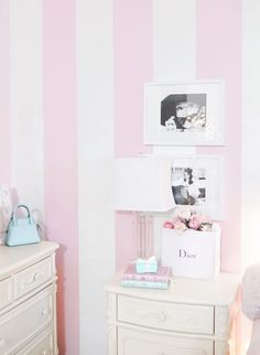 New Wallpaper Accent Wall Bedroom Vintage Shabby Chic wallpaper accent wall Pink and white striped wall pink aesthetic pinkaesthetic Pink Striped Walls, Pink Accent Walls, Striped Room, Accent Wall Bedroom, Pink Walls, Striped Walls Bedroom, Cottage Shabby Chic, Shabby Chic Pink, Shabby Chic Romantique