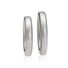 ORRO Contemporary Jewellery Glasgow - Niessing - Soft Square - Wedding Rings - Available in 18ct green, yellow, sand-grey, grey or red gold and platinum.