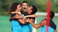 David Villa given medical clearance!!! It's gonna be a good season! Vamos Barca!!!!