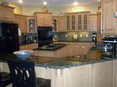 MAJESTIC HOMES AND REMODELING LLC - Kitchen Remodels - Columbia, MO