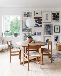 Decoration Inspiration, Dining Room Inspiration, Interior Inspiration, Living Etc, Home And Living, Modern Floor Lamps, Small Dining, Scandinavian Home, Dining Room Design