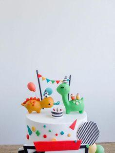 Some prehistoric fun cottontail cake studio sugar art pastriescottontail cake studio sugar art pastries Dinosaur Birthday Cakes, First Birthday Cakes, Dinosaur Party, Baby Birthday, 1st Birthday Parties, Birthday Ideas, Die Dinos Baby, Dino Cake, Fathers Day Cake