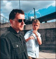 FC Kahuna. British DJ and electronic music production duo.