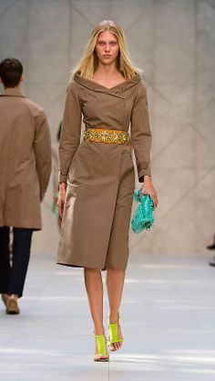 The Petal in Deerskin with Transparent Flowers   Burberry