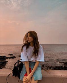 Ulzzang Korean Girl, Cute Korean Girl, South Korean Girls, Kpop Girl Groups, Korean Girl Groups, Kpop Girls, Aesthetic Korea, Aesthetic Girl, Rapper