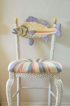 Side chair – cushion with creative upholstery style & wood fish back – kids bathroom decor Funky Painted Furniture, Painted Chairs, Art Furniture, Repurposed Furniture, Furniture Projects, Furniture Makeover, Automotive Furniture, Automotive Decor, Painting Furniture