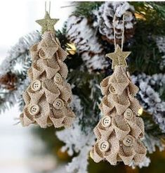 cute burlap Christmas tree ornaments with buttons and glitter star toppers Burlap Christmas Decorations, Burlap Ornaments, Burlap Christmas Tree, Burlap Crafts, Christmas Ornaments To Make, Ornament Crafts, Diy Christmas Gifts, Christmas Projects, Handmade Christmas