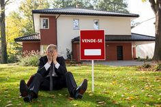 O que não se deve fazer na hora de vender um imóvel. A atitude do profissional é decisiva na hora de fechar uma venda; confira algumas dicas