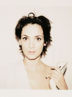 Winona Ryder: Juergen Teller never met her Winona Ryder 90s, Juergen Teller, Pretty People, Beautiful People, Beautiful Ladies, Tim Burton Beetlejuice, Winona Forever, Gamine Style, Star Wars