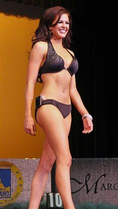 Beauty queen wears insulin pump during swimsuit parade - Telegraph. Insulin pump is sometimes used to treat type1 diabetes. ideaas.eu