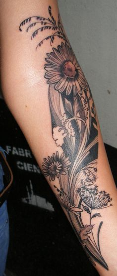» Barbara Tattoo Gallery Black & Brown | Classic Ink & Mods Tattoo Amsterdam