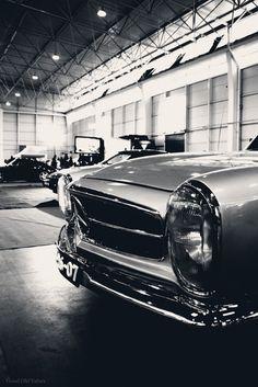 Mercedes-Benz 230SL W113 (1964)