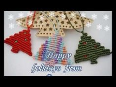 Xo-Xo-Xo Merry Christmas all :-)))) In this video I will show you how to make an easy and sweet macrame Xmas tree necklace. The only things you need are 14 (or less) remaining cords, approximately Macrame Jewelry Tutorial, Necklace Tutorial, Macrame Necklace, Tree Necklace, Macrame Knots, Micro Macrame, Simple Christmas, Christmas Crafts, Christmas Angels