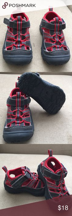 Oshkosh b'gosh Kids Toddler size 5. Gorgeous Oshkosh grey and red color. Perfect condition. Osh Kosh Shoes Sneakers