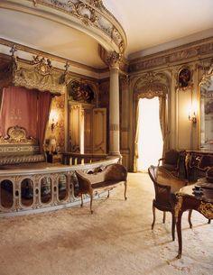 Louise Vanderbilt's Versailles-inspired bedroom in Hyde Park's Vanderbilt Mansion. Photography by Francesco Lagnese  - TownandCountryMag.com