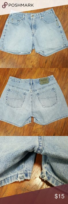 ** HOST PICK 10/3 ** Vintage Silver Jean Shorts Vintage Silver Jean Shorts Size:  32  Some normal wear but in great condition for Vintage shorts!  Don't forget to BUNDLE! Silver Jeans Shorts Jean Shorts
