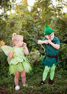 This year for Halloween we went with a Peter Pan motif, despite Steve& request to all be sports stars, as he requests every year. Brother Sister Halloween, Sister Halloween Costumes, Twin Halloween, Family Costumes, Creative Halloween Costumes, Cute Halloween, Costumes Kids, Brother Sister Costumes, Disney Baby Costumes