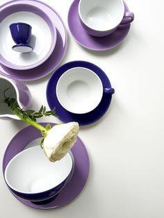Vorsatz für 2018: mehr Farbe ins Leben lassen - zum Beispiel mit dem Pantone 2018 Ultra Violet Ton und den Dibbern Solid Color Flieder sowie Violett Nuancen. #UltraViolet #PantoneUltraViolet