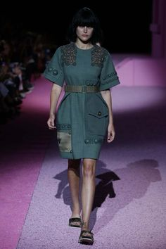 Marc Jacobs RTW Spring 2015 | photo by George Chinsee | posted by WWD