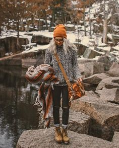 25 Winter Outfits With Cap that do More than Keep You Warm - Trend Camping Outfits 2020 Fall Winter Outfits, Autumn Winter Fashion, Winter Style, Winter Dresses, Casual Winter, Winter Layering Outfits, Winter Beauty, Evening Dresses, Looks Hippie