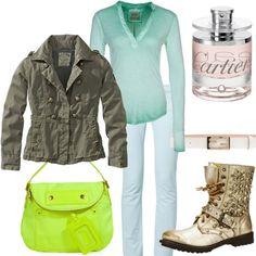 casual style with neon bag
