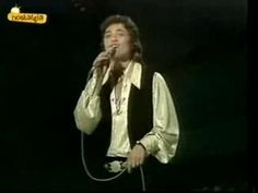 "Eurovision Song Contest 1975 - Shlomo Artzi - ""At ve´ani"" - Israel - 40 points - 11th place"
