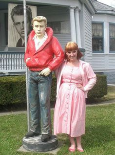 Selfies with James Dean at the James Dean Gallery in Fairmount Indiana!