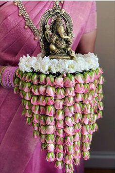 Looking for pooja thali decoration ideas ? Check these unique pooja thali decoration that will bring that extra glamour to your ceremony. Hanging flowers pooja thali is a latest wedding trend that you must try.   #indianweddings #intimatewedding #shaadisaga #poojathalidecorationideas #ganpatipooja #ganeshpooja #southindianwedding #floraldecor #creativepoojathalidecoration #mograflowers #roses Thali Decoration Ideas, Diy Diwali Decorations, Decoration For Ganpati, Wedding Stage Decorations, Festival Decorations, Flower Decorations, Housewarming Decorations, Decor Ideas, Indian Decoration