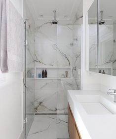 Bathroom with marble Ensuite Bathrooms, Bathroom Renos, Bad Inspiration, Bathroom Inspiration, Wc Design, House Design, Modern Bathroom, Small Bathroom, My Ideal Home