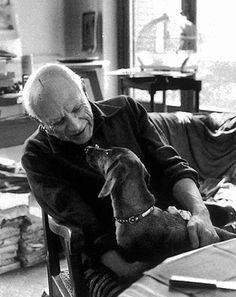 Picasso e Lump. Morreram com uma semana de diferença, em Abril de 1973 #bestfriends #dog #picasso { post by www.mariarossetti.com.br }