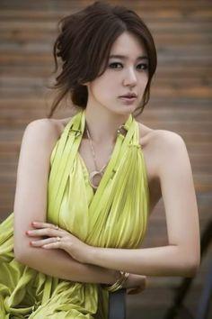 neon green #dress :: Yoon Eun Hye