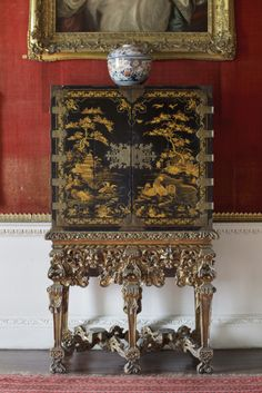 English japanned cabinet of about 1690, at Saltram, Devon. ©NTPL/John Hammond