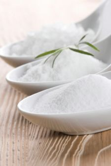 25 Household Uses For Salt: {Quick Tips}