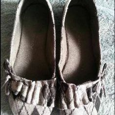 Shop my closet on www.trendtrunk.com. I'm selling my Argyle  Flats. Only $17.45